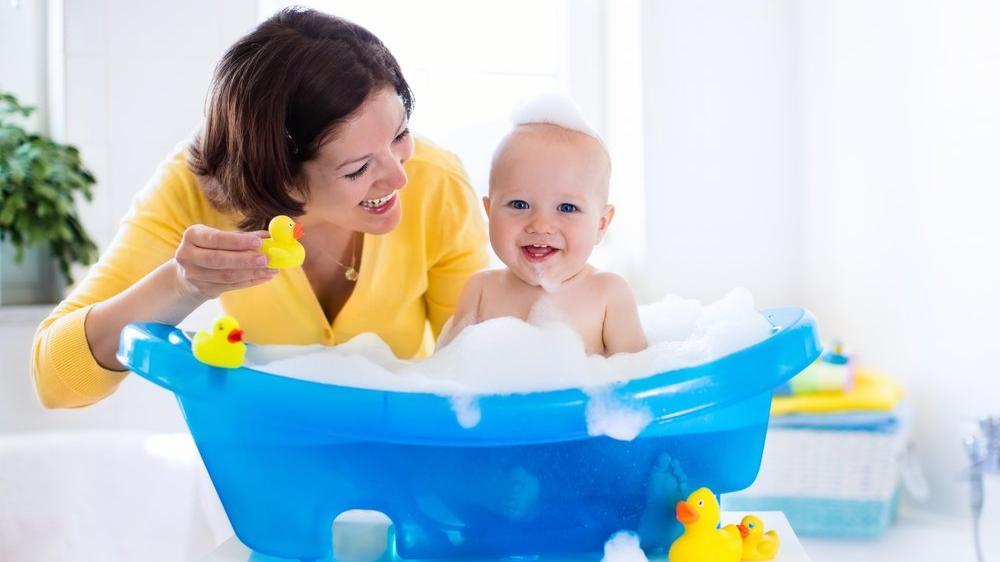 Yenidoğan bebek yıkama teknikleri nelerdir?