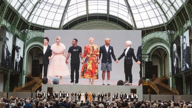 Karl Lagerfeld ölümünün dördüncü ayında anıldı