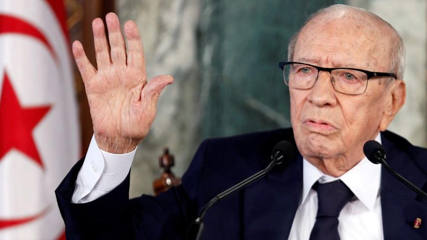 Son dakika... Tunus'ta şok gelişme: Cumhurbaşkanı hastaneye kaldırıldı