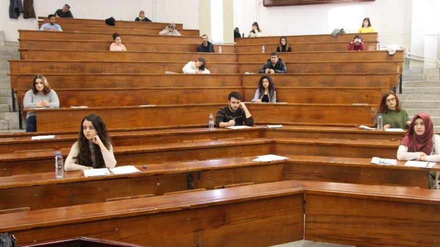 AÖF üç ders sınavı ne zaman yapılacak? AÖF sınav yerleri belli oldu mu?