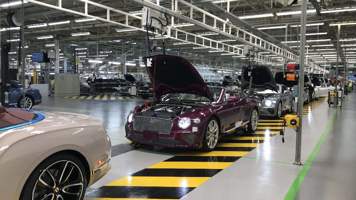 Sözcü, Bentley'in Crewe Fabrikası'nı gezdi...