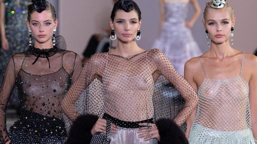 Giorgio Armani Prive defilesinde transparan kıyafetler göz kamaştırdı