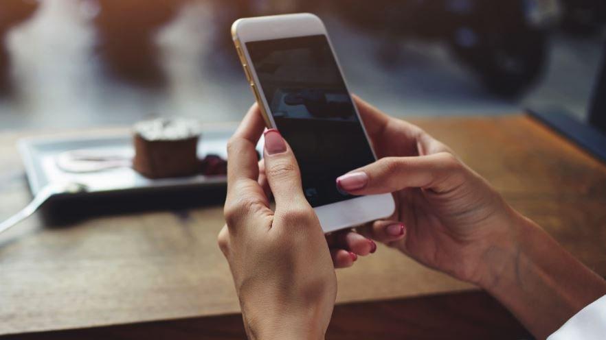 Son dakika: Instagram ve Whatsapp çöktü mü? Whatsapp fotoğrafları neden inmiyor?
