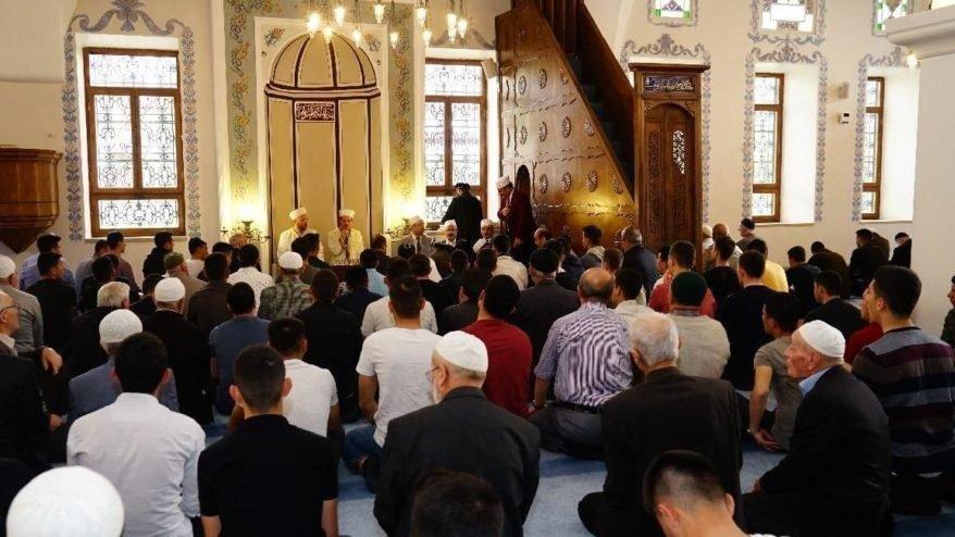 Cuma namazı saat kaçta kılınacak? 5 Temmuz İstanbul, Ankara, İzmir ve il il cuma namazı saatleri…