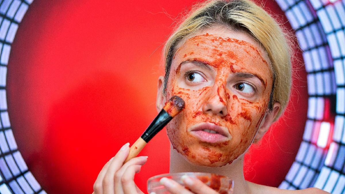 2 dakikada yapabileceğiniz güzellik maskesi tarifi...