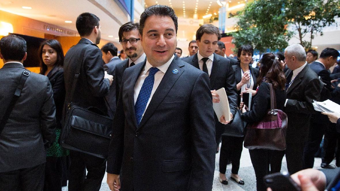 Ali Babacan'ın istifa kararı böyle yankılandı