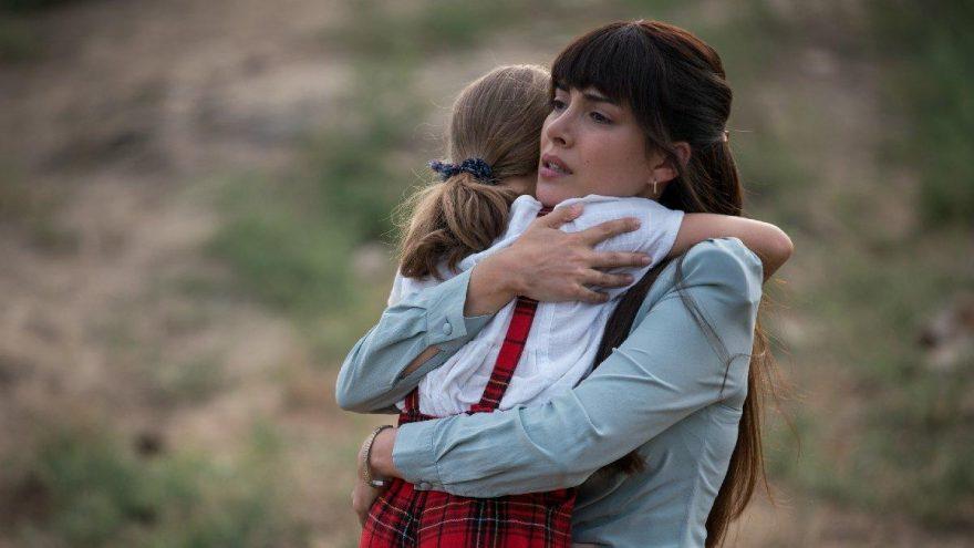 """Deniz Baysal 7. Koğuştaki Mucize filmi için """"Mine Öğretmen"""" oldu!"""