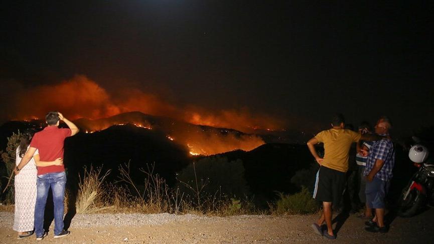 Tatil cennetinde önce yangın sonra deprem!