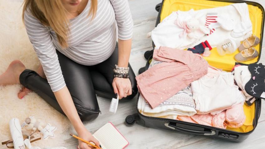 Doğum çantasında neler olmalı? İşte anne ve bebek için doğum çantasında olması gerekenler…