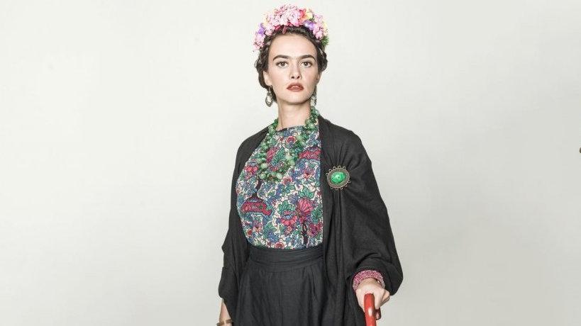 Frida Kahlo'ya can vermeye devam