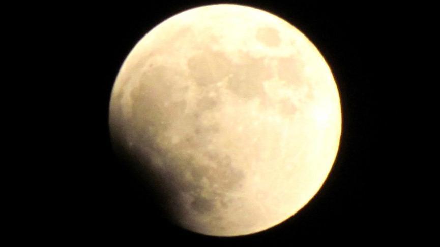 Yılın ikinci Ay Tutulması Oğlak burcunda!