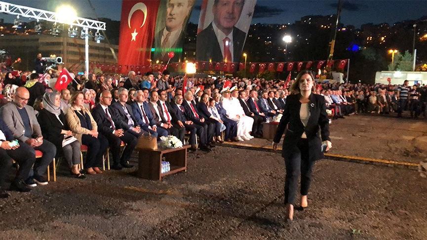 Erdoğan birlik ve beraberlik gününde Kılıçdaroğlu'na yüklenince programı terk ettiler!