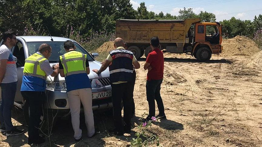 Kaçak hafriyat döken kamyona 72 bin lira ceza ile ilgili görsel sonucu