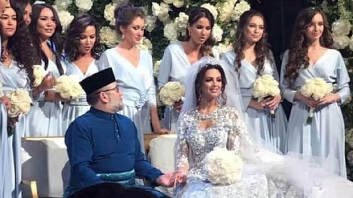 Büyük aşk bitti: Malezya kralı, Rus mankenle boşandı