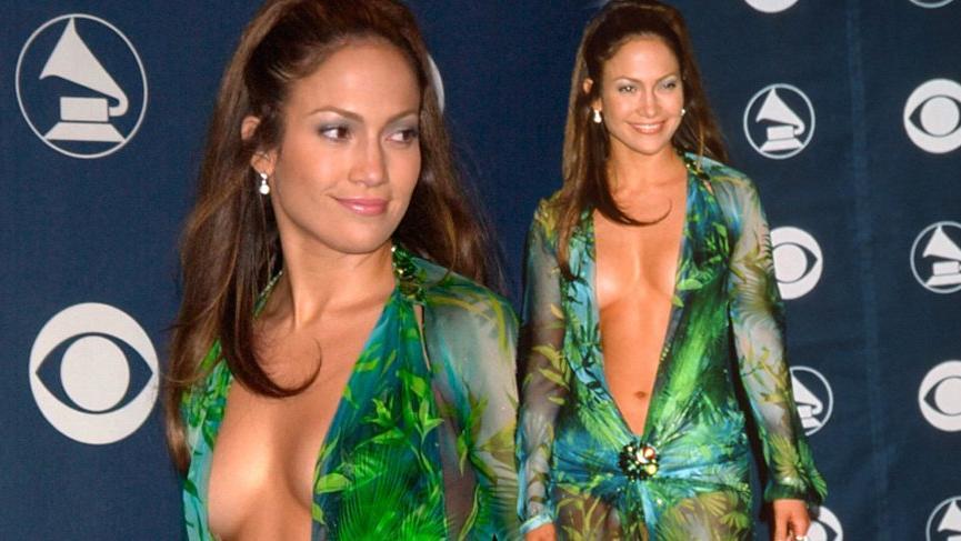 Versace, Jennifer Lopez'in 50'nci yaş günü için özel tasarım ayakkabı çıkardı