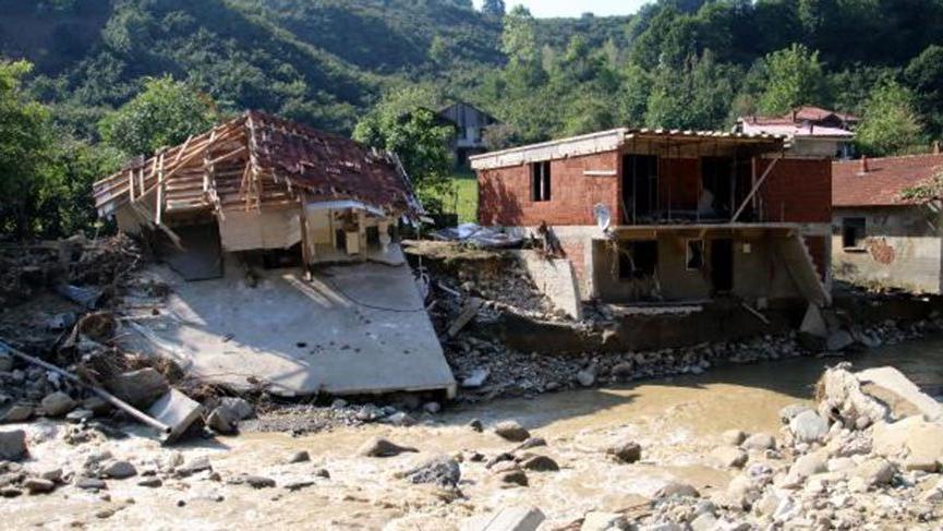 Düzce'de selin maddi bilançosu: 100 bina yıkıldı, 1687 çiftçi zarar gördü