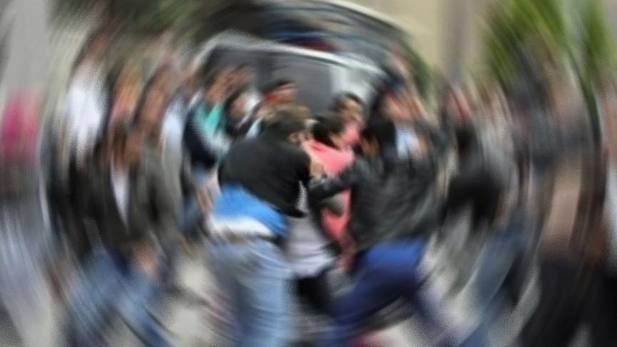 Baba ve oğulları arasında mal paylaşımı kavgası: 4 yaralı