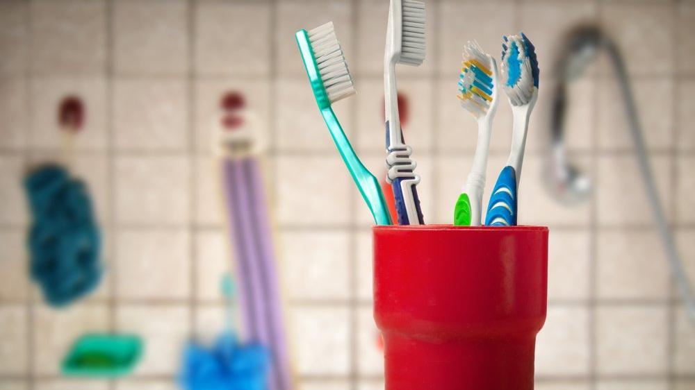 Diş fırçasını nasıl saklamalıyız?