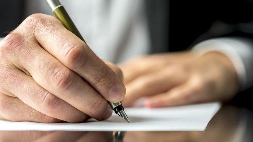 Yasa dışı nasıl yazılır? TDK'ya göre 'yasa dışı' bitişik mi ayrı mı yazılır?