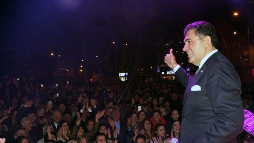 Bodrum Belediye Başkanı'ndan Ardahan Belediye Başkanı'na çağrı: Gel konser ver!