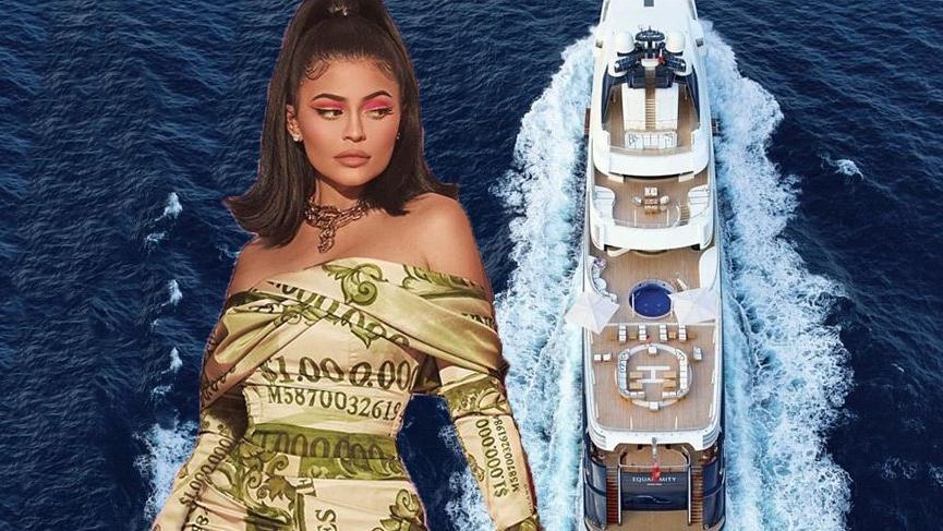 Kylie Jenner 250 milyon dolarlık yatta doğum gününü kutlayıp, para koleksiyonunu tanıtacak