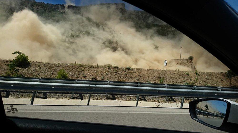 Denizli'de yaşanan depremin görüntüleri böyle yansıdı