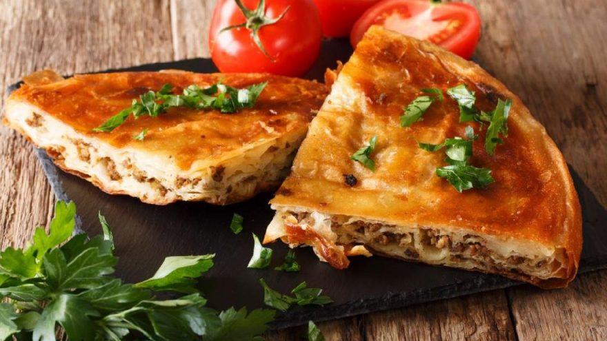 Baklavalık yufkadan börek nasıl yapılır? İşte baklavalık yufkadan börek tarifi…