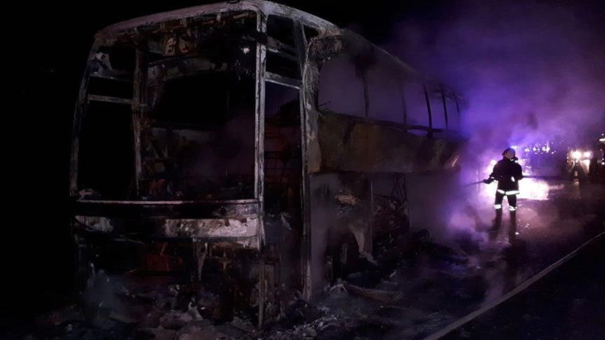 Yine otobüs yandı; 40 yolcu son anda kurtarıldı