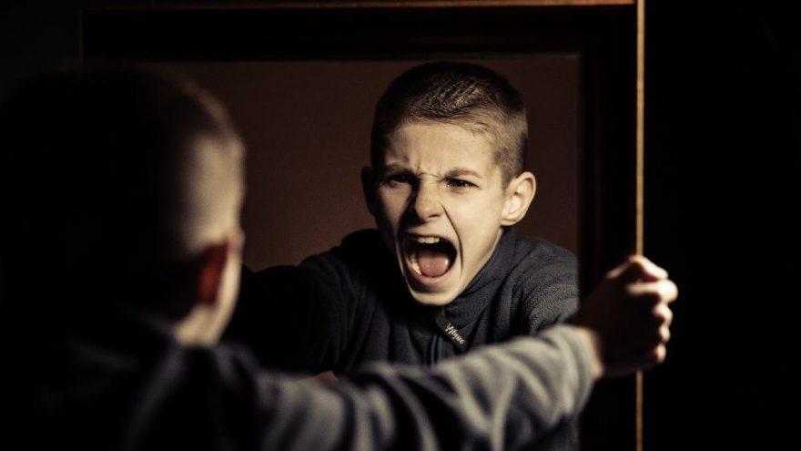 Vuran çocuğa nasıl davranılmalı? Vuran çocuğu nasıl sakinleştiririz?