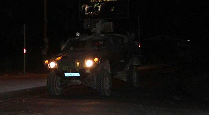 Akçakale ye askeri araç sevkiyatı