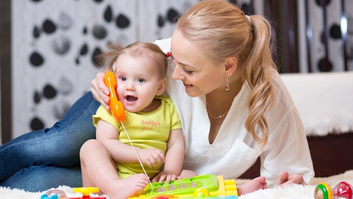 Bebekler kaç aylıkken konuşur?