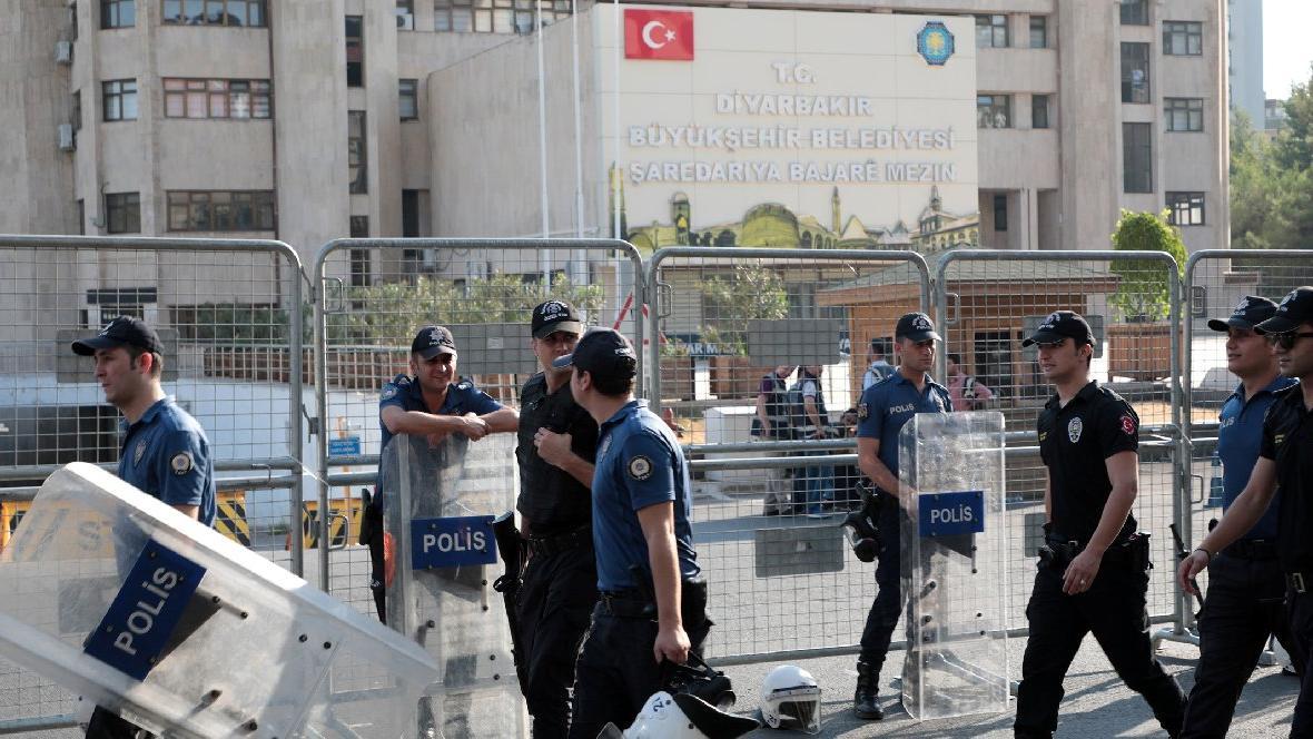 Kayyum kararlarının ardından dünyanın gözü Türkiye'de