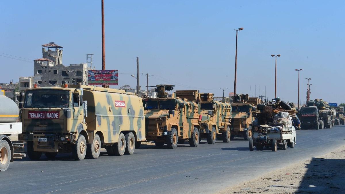 Suriye: Türk konvoyuna havadan saldırı