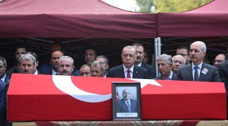 Erdoğan Prof. Dr. Dursun'un cenazesine katıldı
