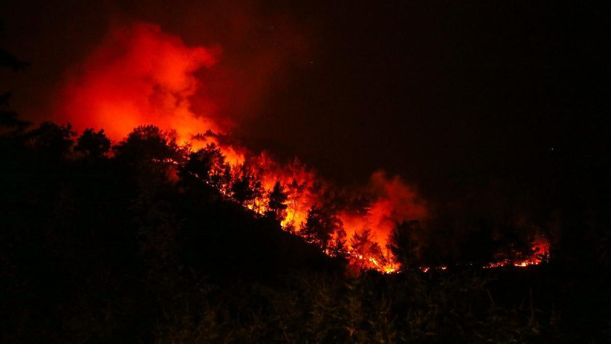 İzmir'deki orman yangını 47 saattir devam ediyor