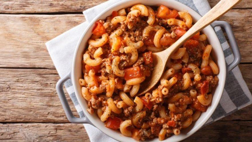 Bolonez soslu makarna tarifi: Bolonez soslu makarna nasıl yapılır?