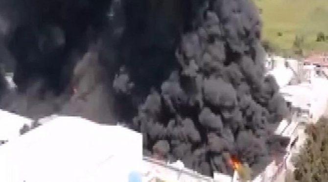Meksika'da 2 fabrikada büyük yangın!  Evler, okullar ve iş yerleri boşaltıldı