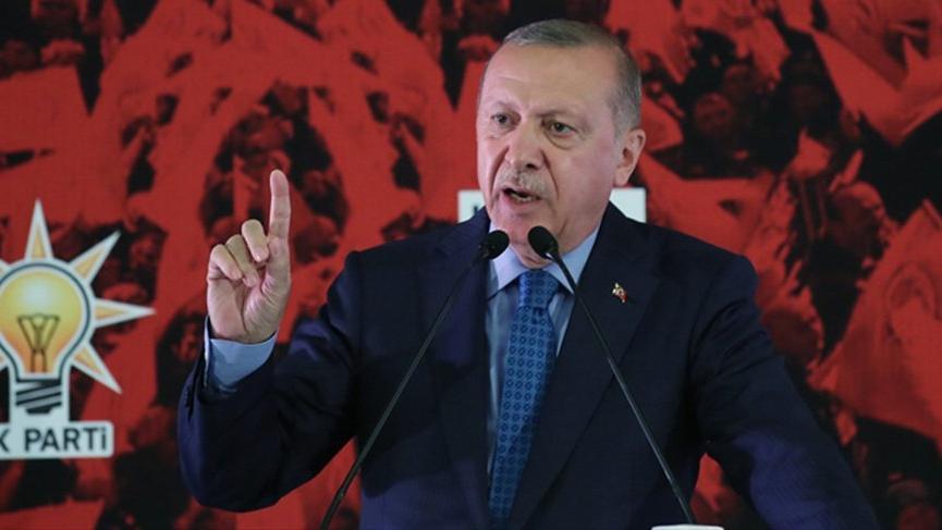 Erdoğan'dan partiden ayrılanlara sert eleştiri!