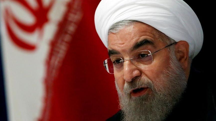İran'da 4 aydır maaş alamayan işçilerden protesto