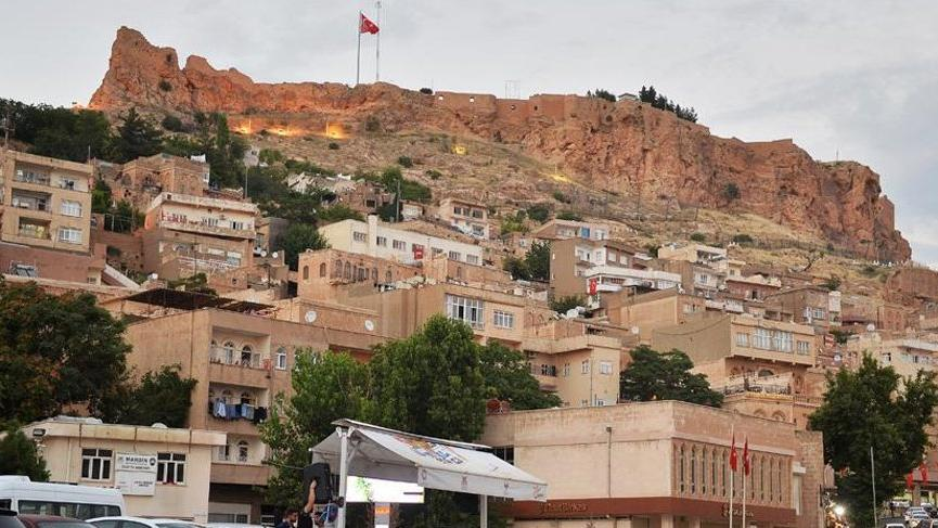 Mardin'de 'Kayyum Vali'den bakanlara 600 bin liralık hediye