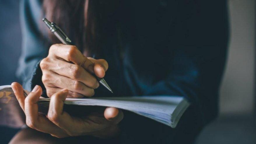 Acente nasıl yazılır? TDK güncel yazım kılavuzuna göre acente mi, acenta mı?