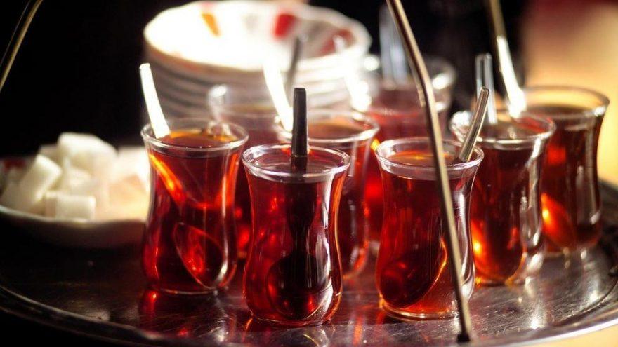 Çay kaç kalori? Çayın besin değerleri ve kalorisi…