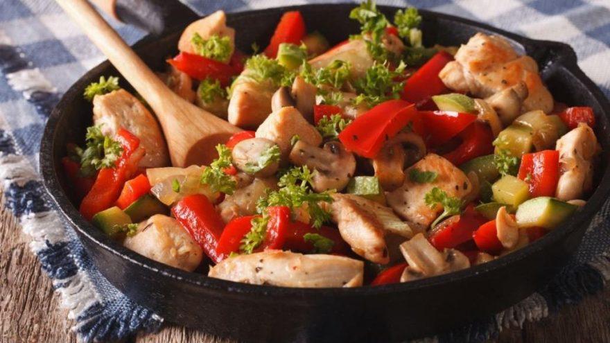 Tavuk sote tarifi: Tavuk sote nasıl yapılır?