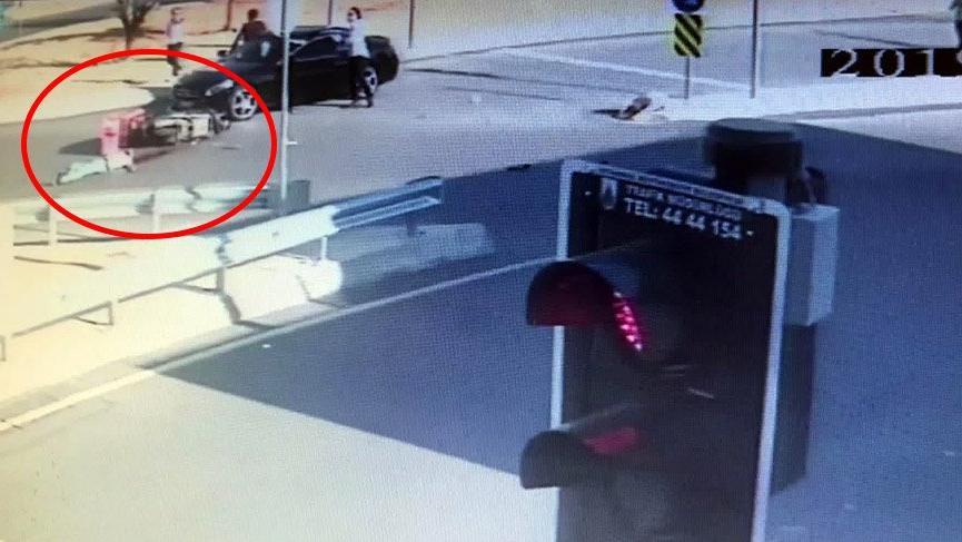 Minibüsle çarpışan genç motosikletli kurye feci şekilde hayatını kaybetti