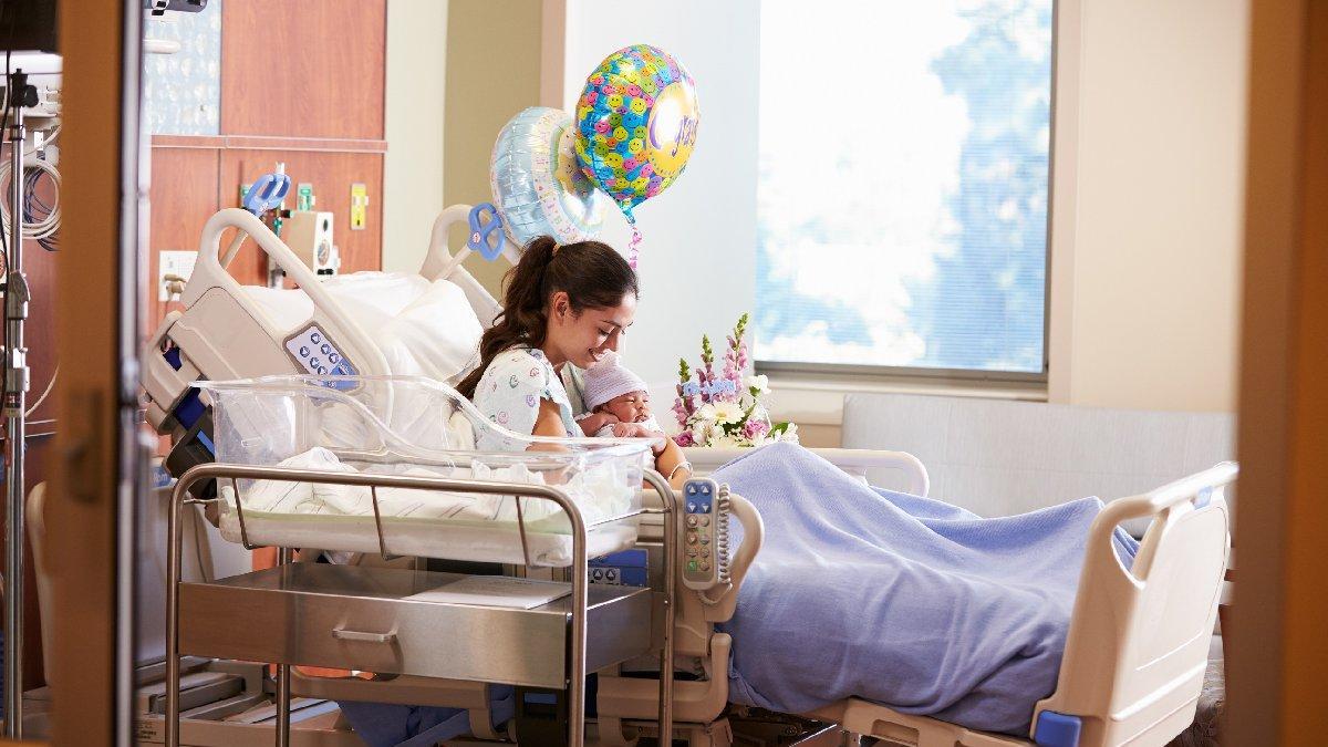 Yenidoğan hastane odası süsleme fikirleri