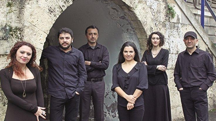 Grup Abdal ve Ahmet Aslan aynı sahnede