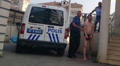 Sosyal medyada yayınlamak için sokakta iç çamaşırıyla gezdi