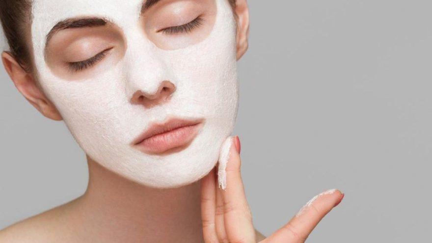 Günlük yüz bakımı nasıl yapılır? İşte yağlı, kuru ve normal ciltler için günlük yüz bakımı önerileri…