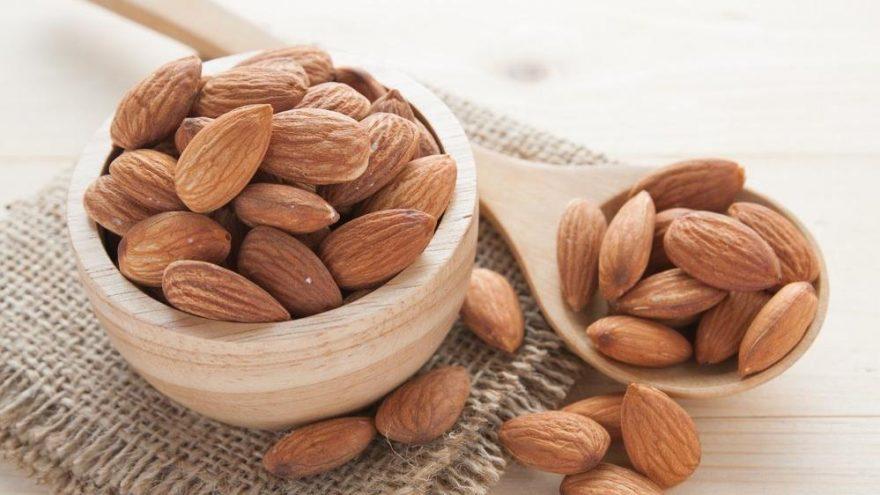 Badem kaç kalori? Bademin besin değerleri ve kalorisi…