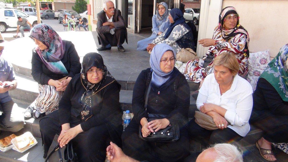 HDP önünde eylem yapan aile sayısı 8'e yükseldi